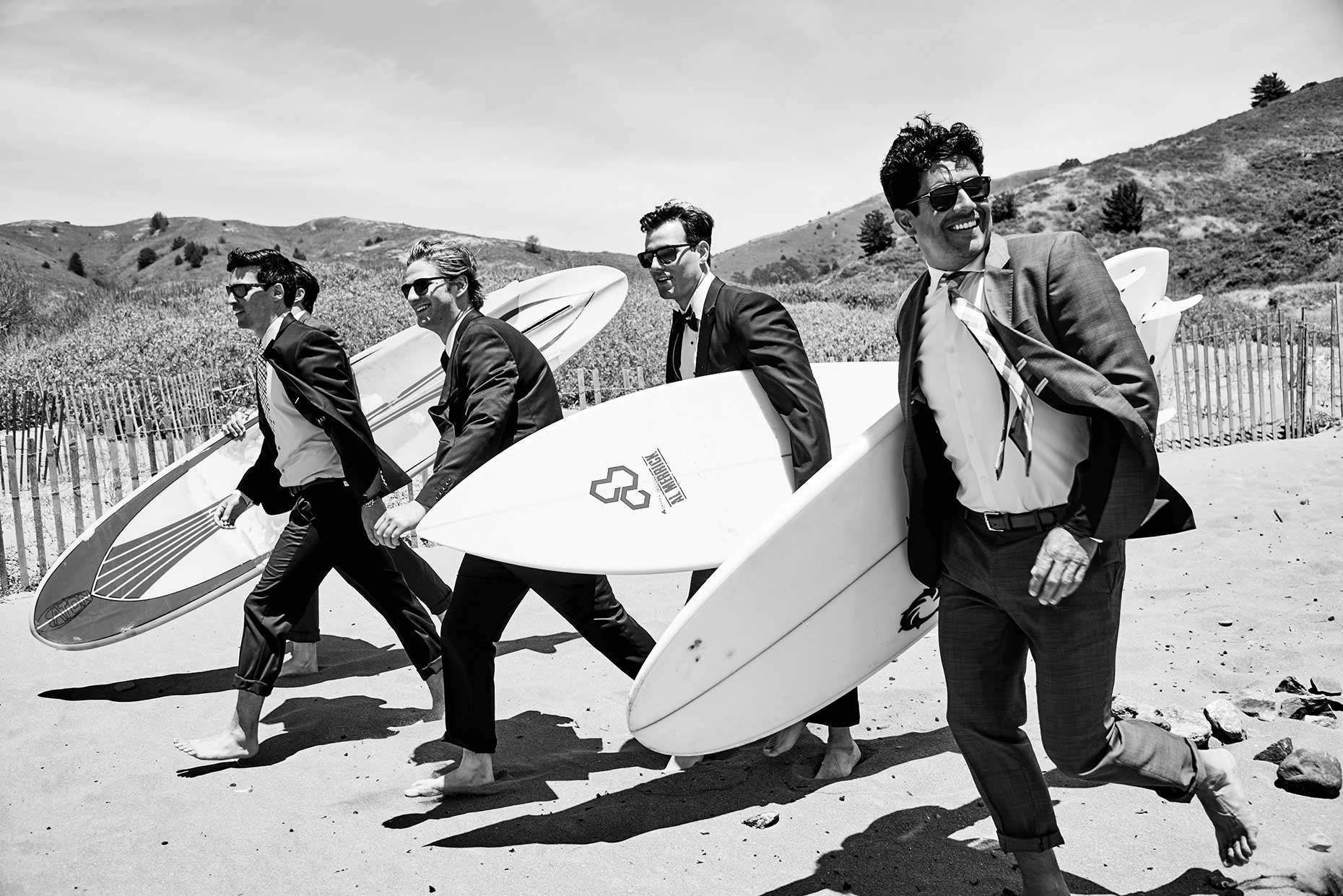 09_Friendship_Surfboard_Guys_3694web