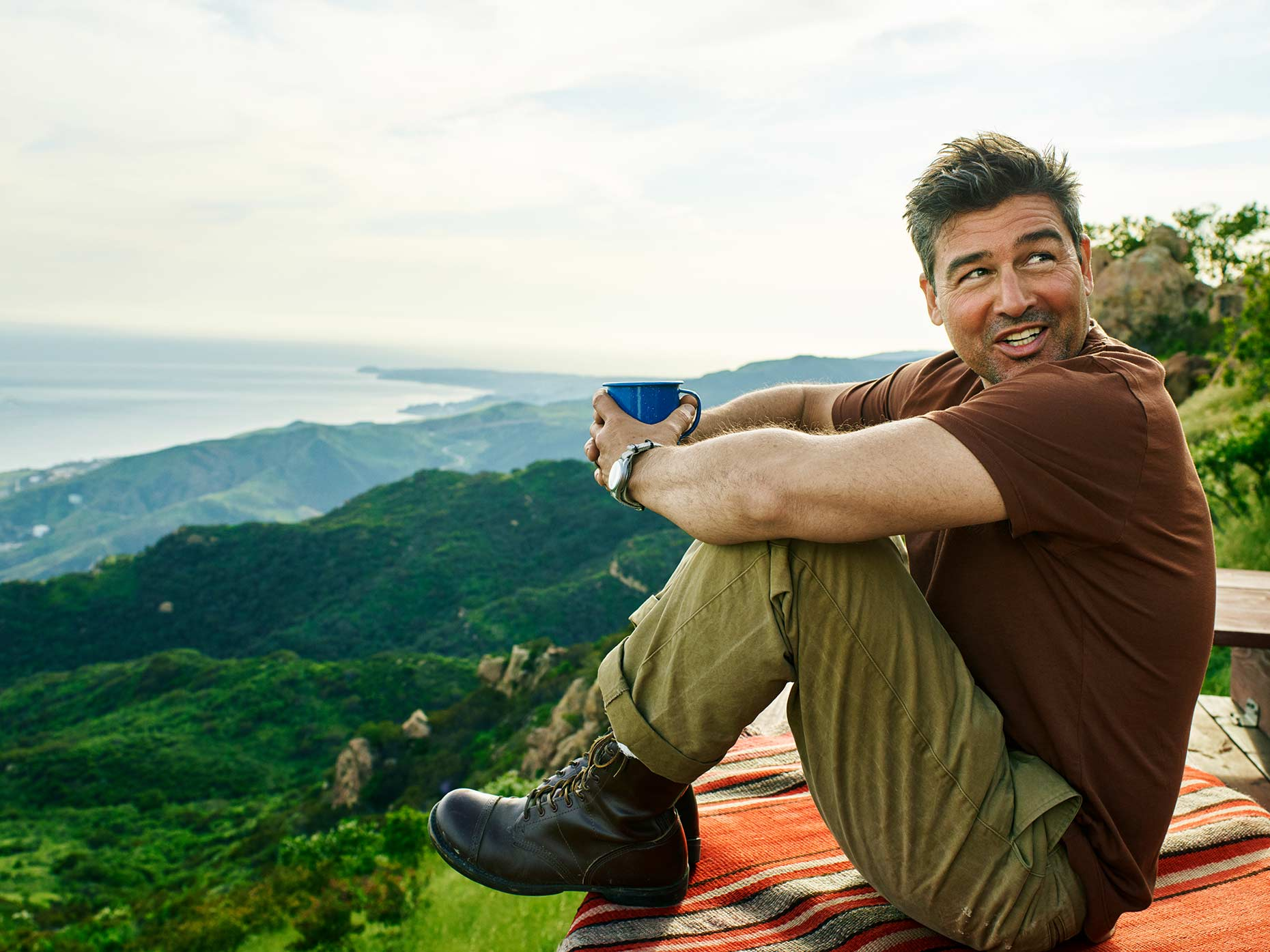 1612-08a-06_Kyle_Chandler_web